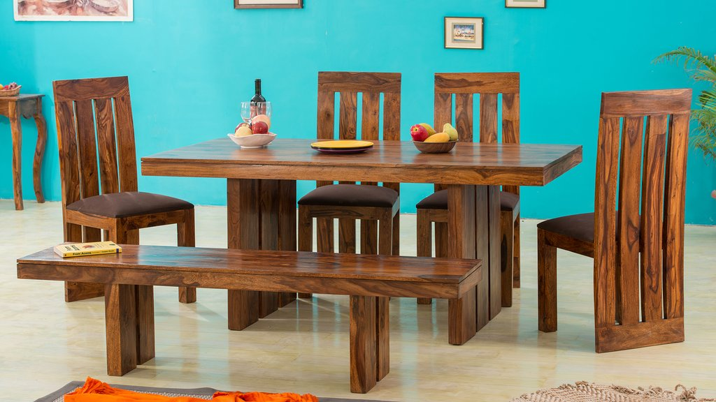 Solid Wooden Furniture: Selecting a Wood for your house